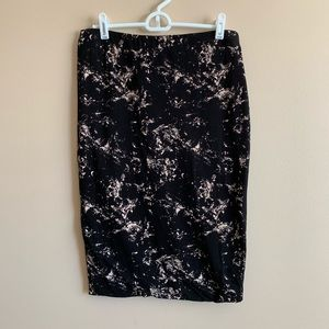 H&M Basic Marble Black & Tan Pencil Skirt Size M